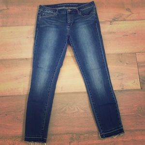 High-waisted cropped skinny jeans